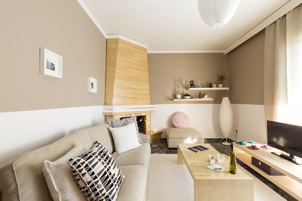 cosy relaxing flat next to metro wohnungen zur miete in chalandri griechenland. Black Bedroom Furniture Sets. Home Design Ideas