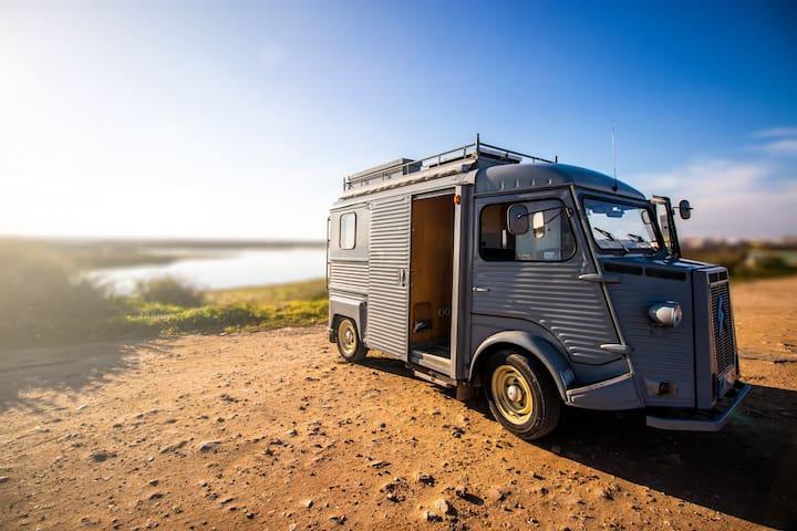 Citroen HY CamperVan Fenix Vintage Campers Vans