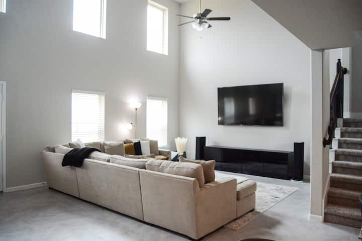 BRAND NEW House & Neighborhood,EASY HWY Access RM3