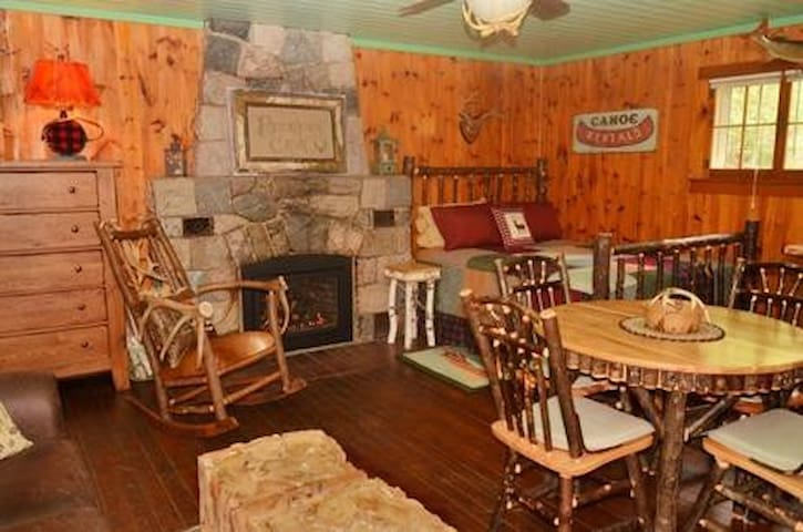 Perfect for Two!  Studio Unit 9, Deer Run Resort