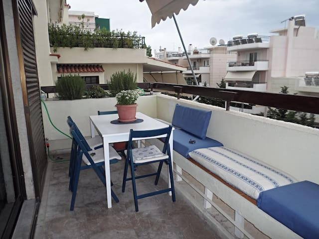 APPARTEMENT TRES AGREABLE EN GRECE - Voula - Departamento
