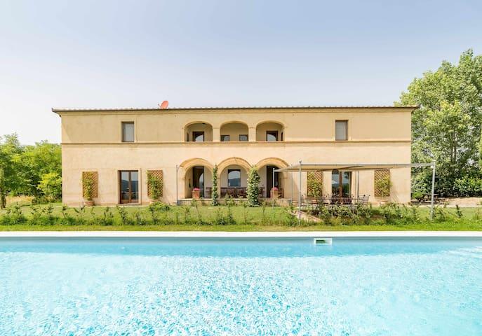 Villa Bibbianello I Villa con piscina privata