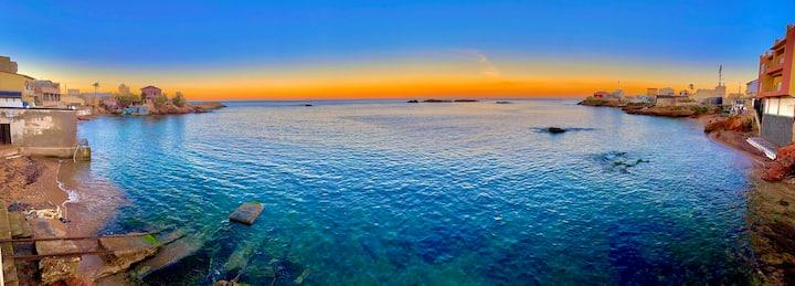 Magnifique et spacieuse villa pieds sur mer Arzew