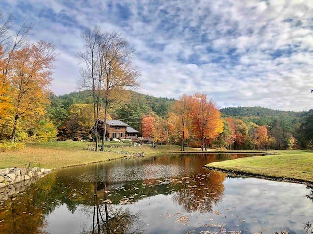Tartan Rabbit House w/Swim Pond, River & 15 Acres