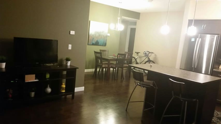Cozy room in an amazing location condominiums for rent for Best private dining rooms edmonton