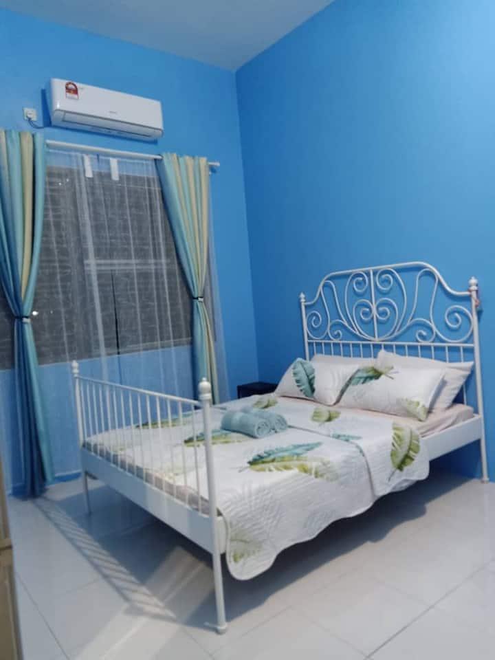 Bota TheDaun Homestay Taman Indera