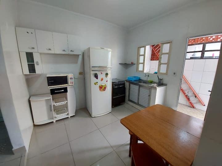 Casa próxima a rodoviária de Caraguá