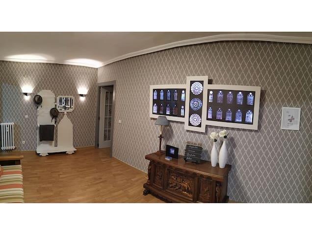 LUENGO HOUSE