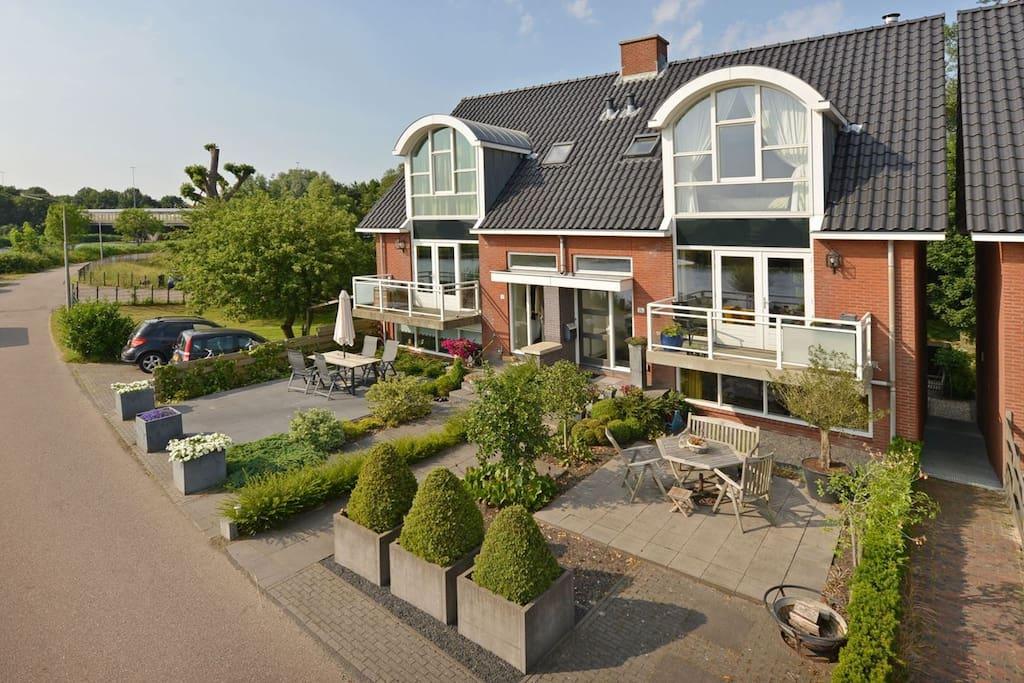 Extraordinary villa near amsterdam casas en alquiler en ouderkerk aan de amstel noord holland - Alquiler casa amsterdam ...