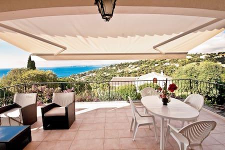 Villa La Pinta Golfe St Tropez 6 pers wifi piscine