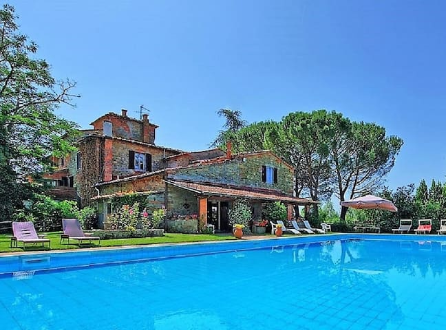 Stone farmhouse 16th century with private pool - Terranuova Bracciolini