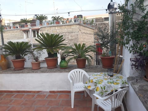 House with rooftop in the heart of Bitonto