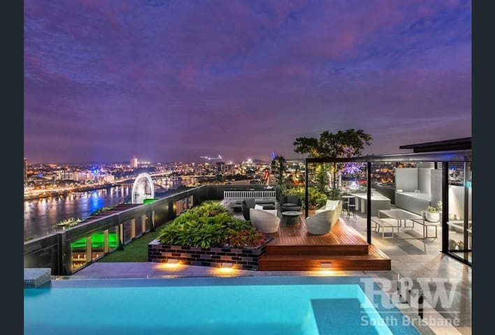 Amazing city view unit - South Bank Cultural Area - South Brisbane - Leilighet