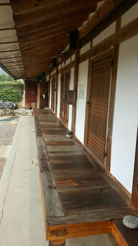 240 years old Hanok(cultural asset) - 구례군 - Haus