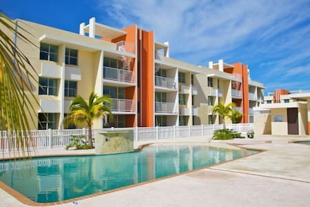 3 BR, 2 BA Penthouse Apartment with access to Pool - Isabela - Appartement