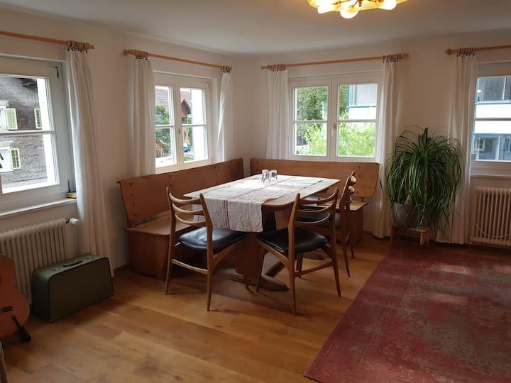 Wohnung in 200jährigem Haus, idyllisch & zentral