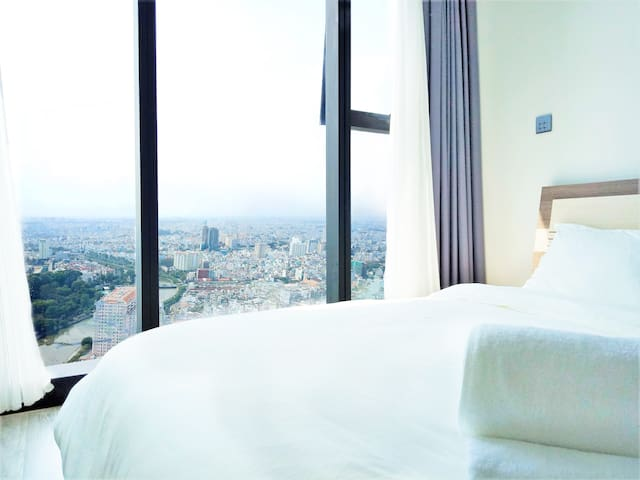 Amazing City View in District 1★Vinhomes ★