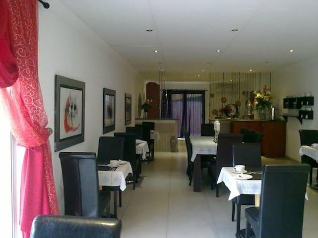 Tsumeb Luxury Accommodation near Etosha - Tsumeb - Serviced flat