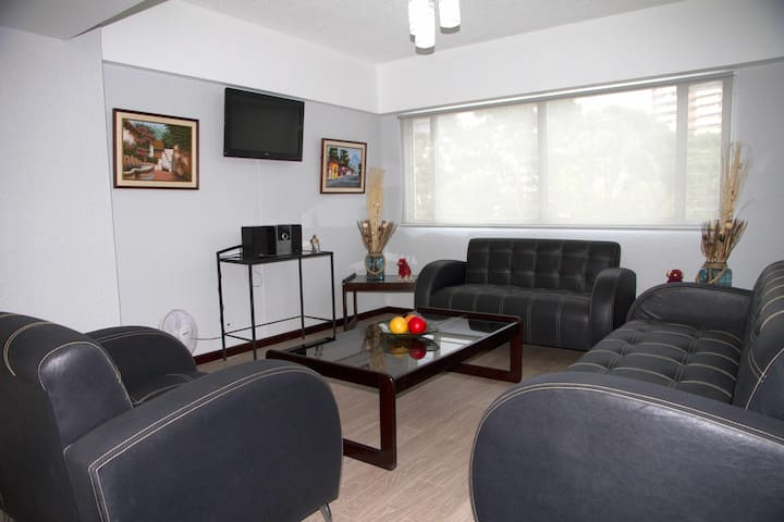 Modern & quiet apartment at Ave Las Americas. - Guatemala - Appartement