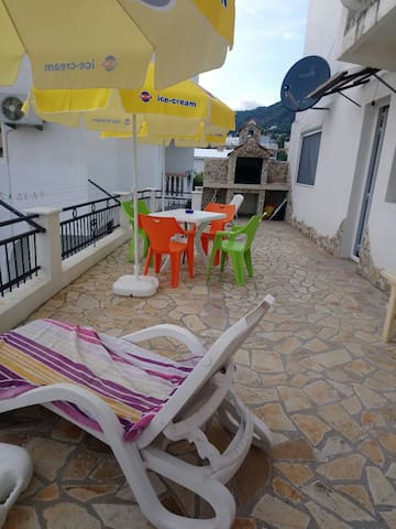 Cozy Apartment with Sea View From the Terrace