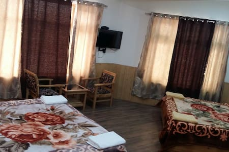 Family suite of Glacier view guest House