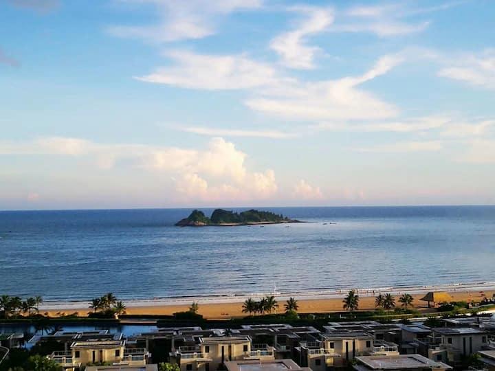 十里银滩黄金海岸/半山半海聚财房/超级近海房双床房
