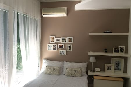 Trendy studio with private patio - Cologno Monzese