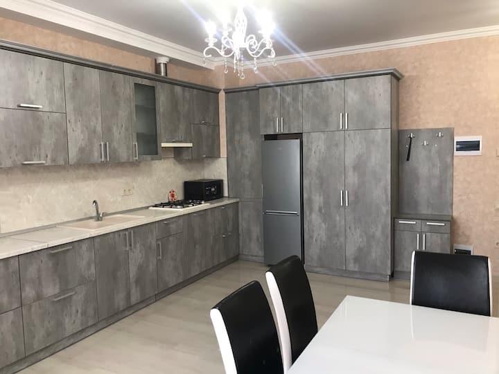 Уютная квартира в новом доме бизнес-класса