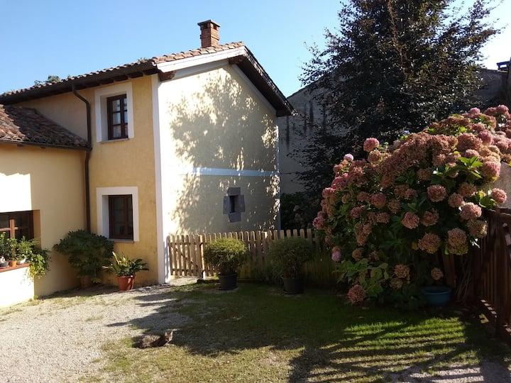Casa de sur: Vivienda vacacional con jardín.