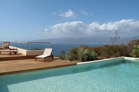 WONDERFUL VILLA - SEA VIEW - SWIMMING POOL CORSE - Calcatoggio - Villa