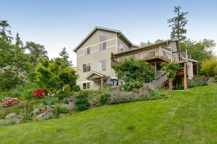 New. Contemporary. Spacious. View. - Bellingham - Apartamento