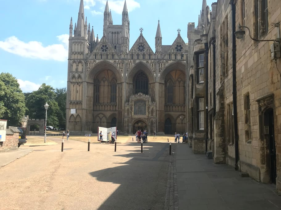 Peterborough cathedral a historic sight where you can learn about the history of peterborough.