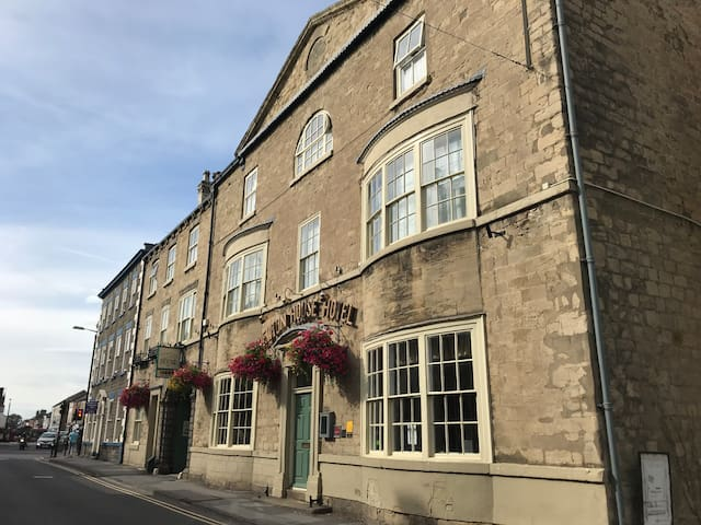 Newton House, award winning Knaresborough B&B
