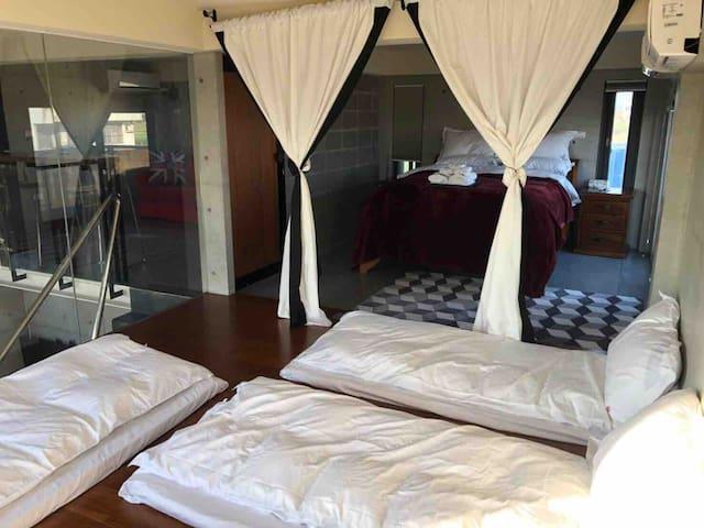 臥室4-(二樓右側)加床
