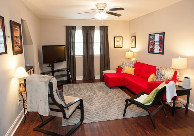 Charming Apt near Concord Mills Mall & Race Track