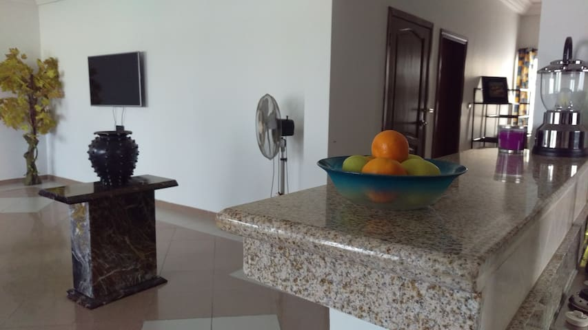 Home Away from Home! - Cotonou - Apartment