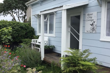 River City Cottage B & B (Double/Twin/Triple) - Whanganui