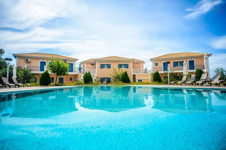 Casa Di Luna Apartments F
