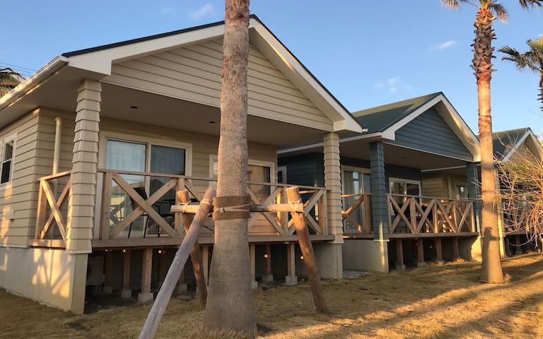 MAKAI  cottageF booking for 2people.