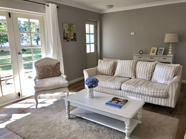Fantastic location, perfect for families