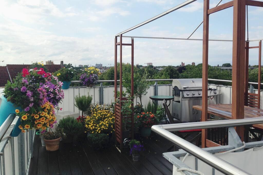 Dachterasse mit 360 Grad Blick über Hamburg
