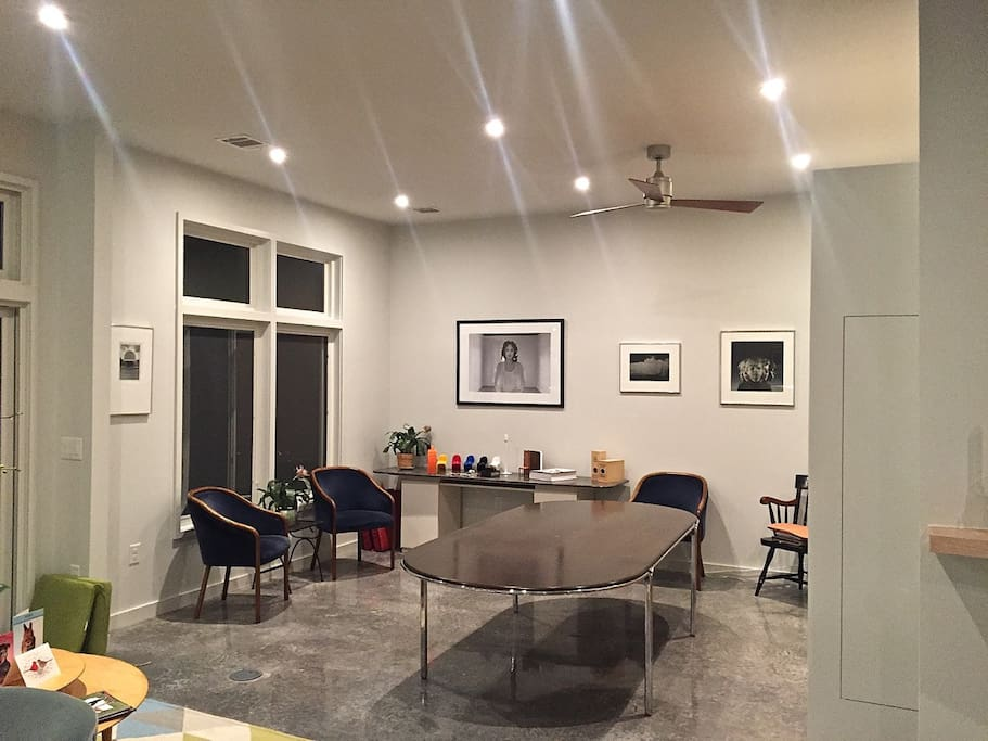 L-shaped living room. Provides additional space for work area, secondary dining/appetizers.