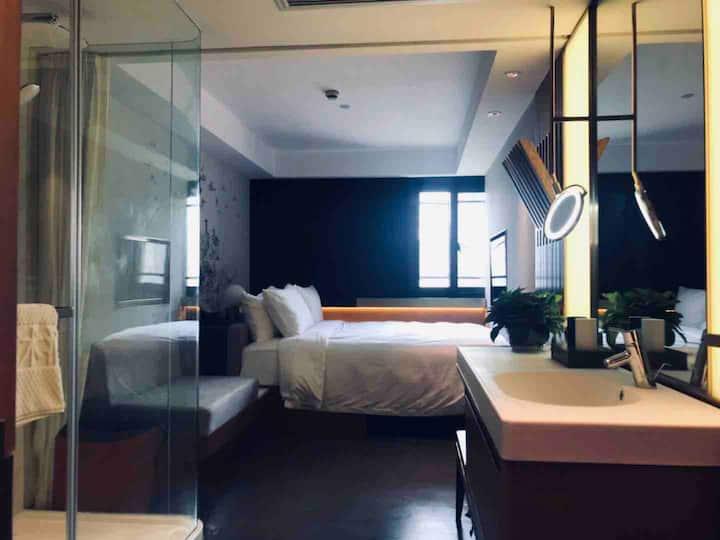 设计师智能酒店外滩含早餐Bund Designer Hotel Breakfast include