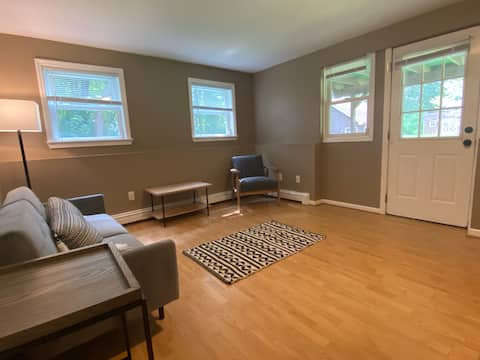Modern Country-Entire Guest Suite