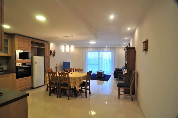 Xlendi Lungomare- 3 Bedroom Apartment