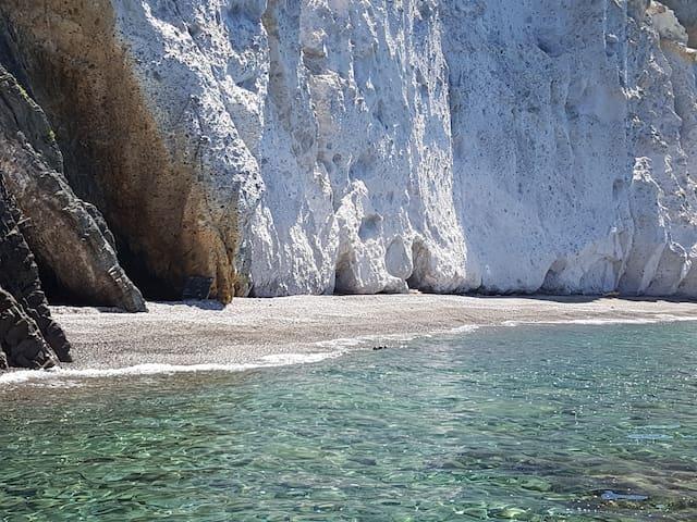 Voyage in Island Ponza, Palmarola, Sperlonga