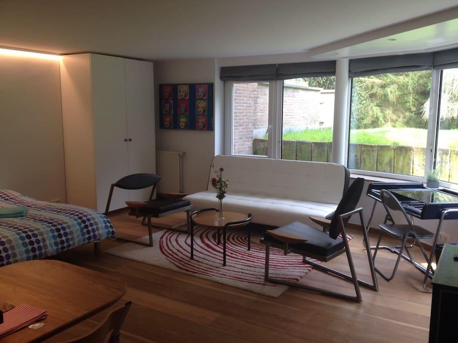 Nouveau: canapé-lit clic clac pour deux personnes supplémentaires