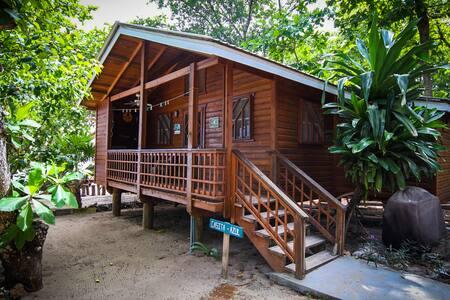 Casita Azul, Blue Island Divers Resort