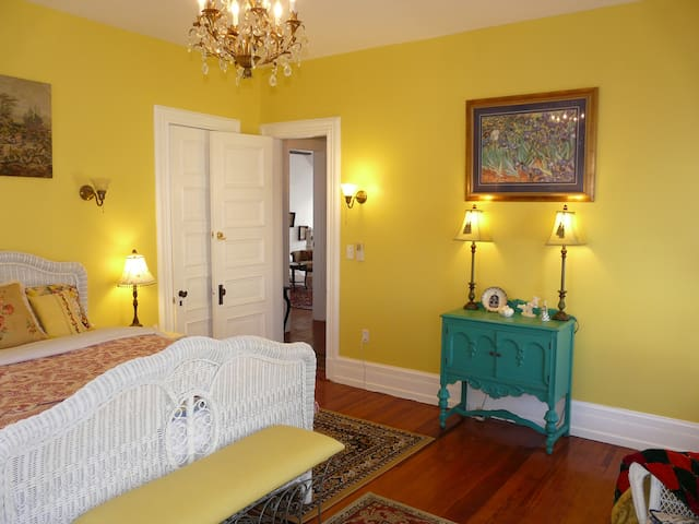 Chatswood Chamber - Berkeley House Bed & Breakfast