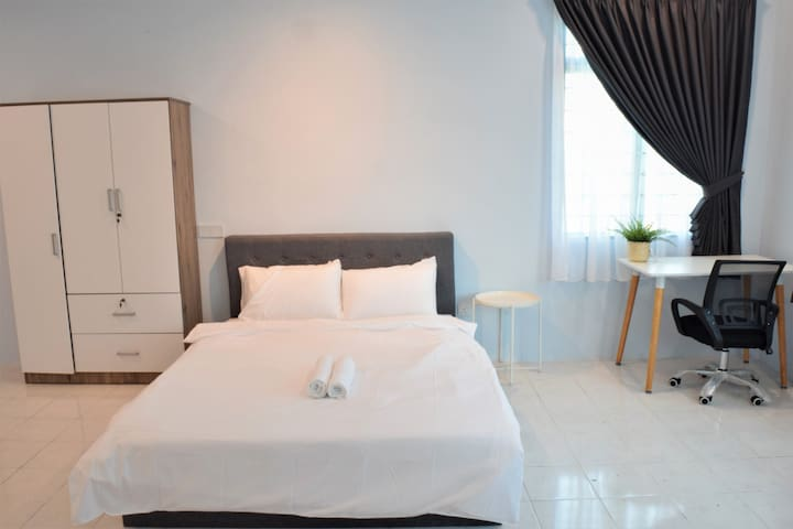 COMFY Private Space near KLIA & XiaMen university